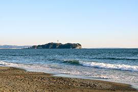 茅ヶ崎海岸から見える江ノ島